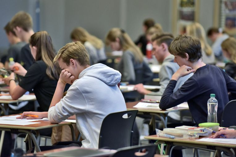 Studenten uit het middelbaar. Beeld Hollandse Hoogte / Flip Franssen