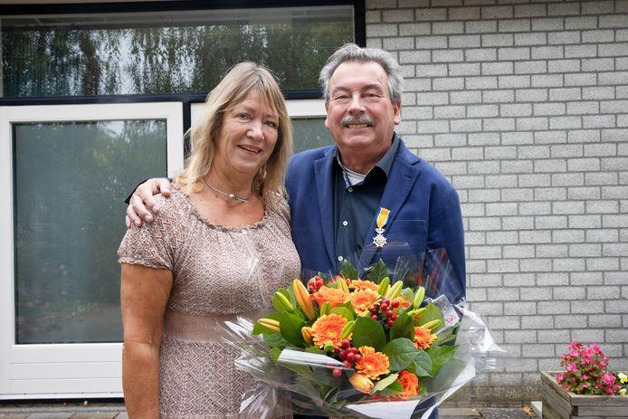 Hans van Baal, oud-voorzitter van De Pracht in Aalst, is zaterdag koninklijk onderscheiden.