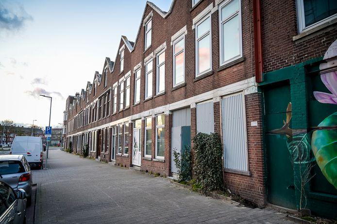Door het nieuwe bestemmingsplan raken veel bewoners van de Veldstraat hun woning kwijt.