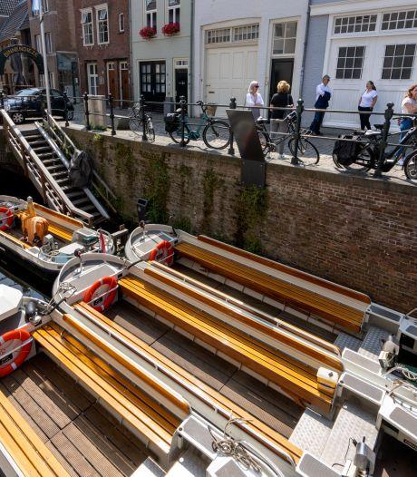 Grote attractie geraakt door hoogwater, vaartochten over Binnendieze in Den Bosch voorlopig onmogelijk: 'Aardige strop'
