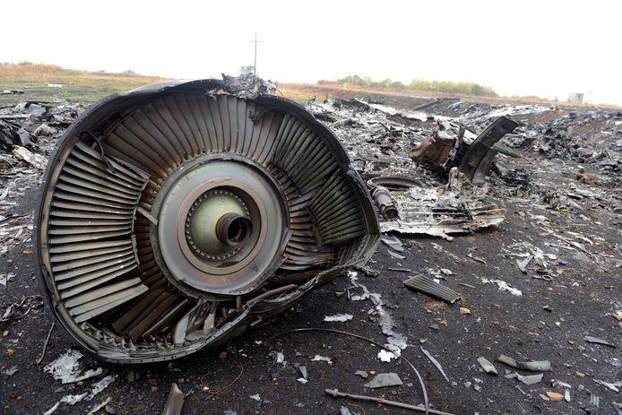 De brokstukken van het neergeschoten vliegtuig MH17.