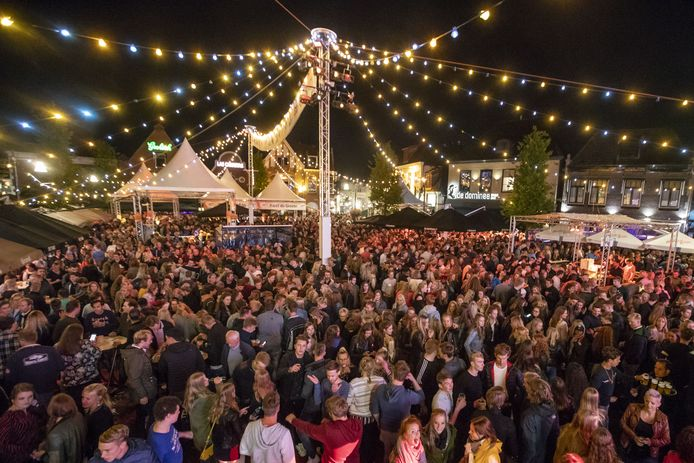 Het Boeskoolfeest in Oldenzaal: afblazen is nu nog niet aan de orde.