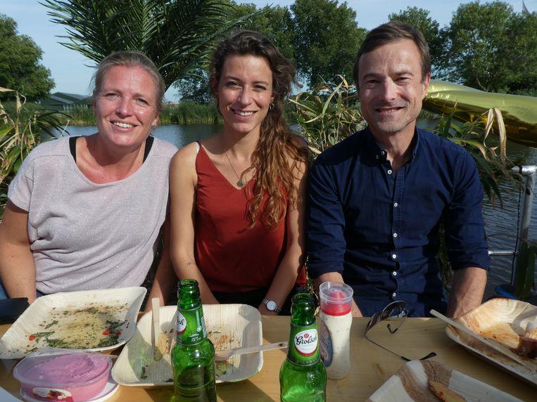 Sabine Banda en Céline Galama van Webmastery, en David van Dijk (ABAN):