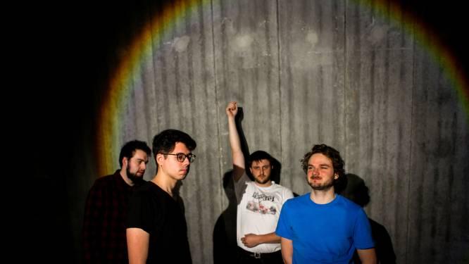 "DIRK., eerste band met drie singles in De Afrekening, heeft nieuwe plaat: ""Het klinkt vreemd, maar 2020 is voor ons een fantastisch jaar geweest"""