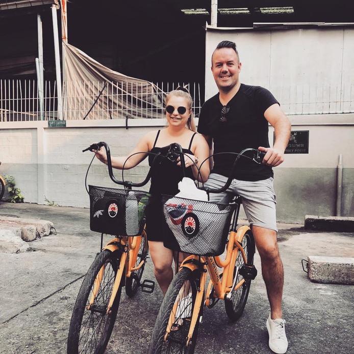 Yannick Vastenhout en Marjolein de Back tijdens hun vakantie in Thailand.