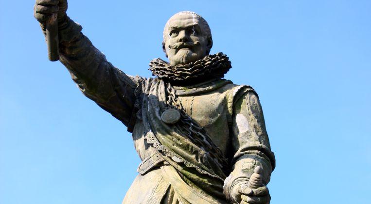 Een standbeeld van Piet Hein in Delfshaven. Beeld Nationale beeldbank
