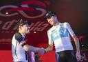 Winnaar Chris Froome en Tom Dumoulin tijdens de huldiging van de Ronde van Italië.