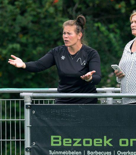 Leven DMHC-coach Claire Visser ís hockey: 'Stimuleren dat kinderen niet met voetbal, maar met stick lopen'