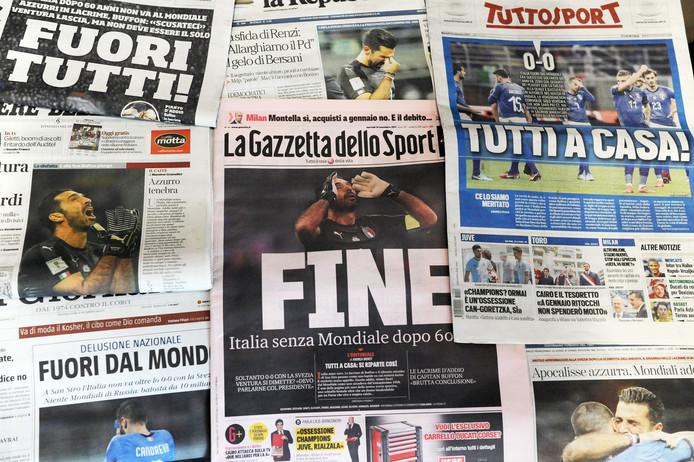 De Italiaanse kranten van vanmorgen na het echec voor la Squadra Azzurra. Italië plaatste zich niet voor het WK.