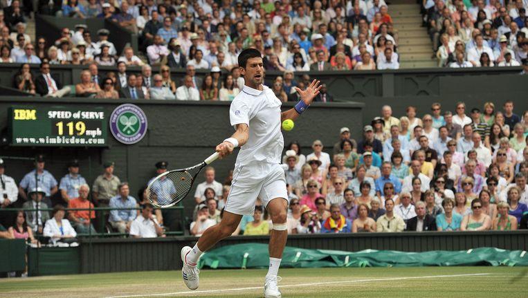 Novak Djokovic in actie tijdens Wimbledon vorig jaar. Beeld ANP