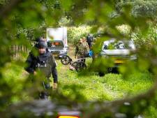 Wapenvondst Zwolle: politie doet inval bij 'De Gier', vermeend handlanger van geliquideerde Henk Wolters