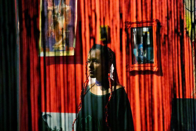 Roxane Mbanga presenteerde onder meer Noires, een persoonlijk en politiek dagboek over identiteit. Beeld Sanne Peper