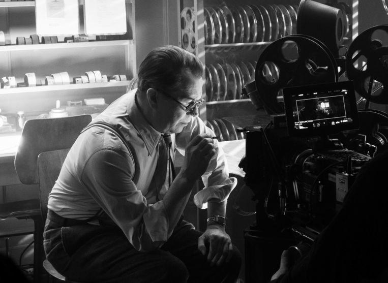 Gary Oldman in 'Mank': genomineerd voor Beste Film en gewoon bij u thuis te bekijken.  Beeld AP