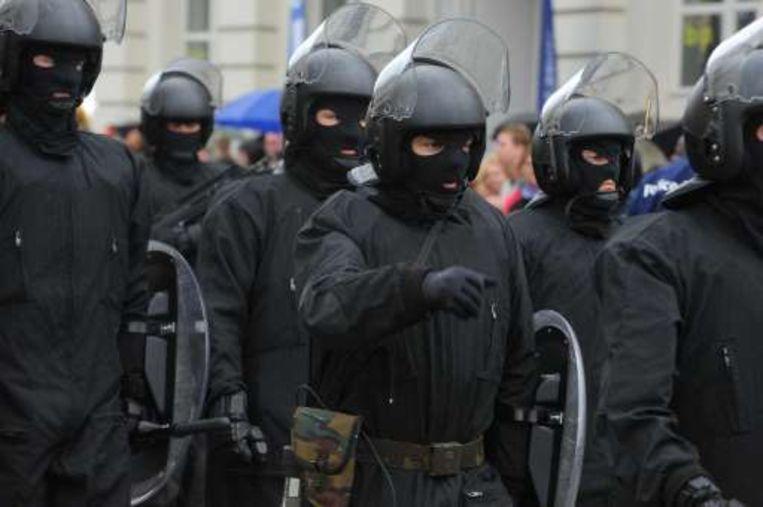 De oproerpolitie gaf een demonstratie. Beeld UNKNOWN