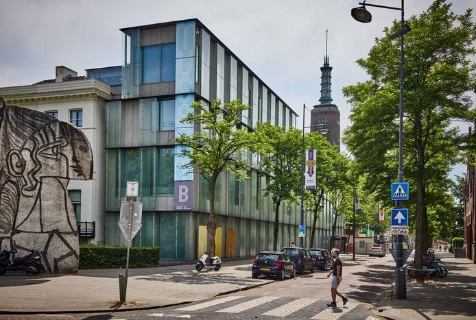 De glazen uitbouw van Museum Boijmans Van Beuningen. Het museum wil die slopen en de ontwerpers willen dat met een rechtszaak voorkomen.