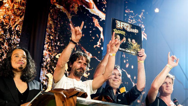Racoon wint de award voor beste band tijdens de uitreiking van de 3FM Awards. Beeld anp
