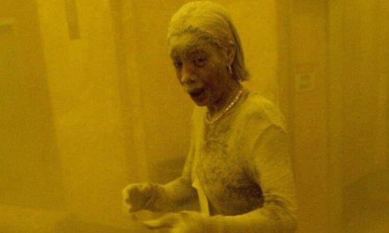 Vrouw op iconische 9/11-foto overleden aan kanker