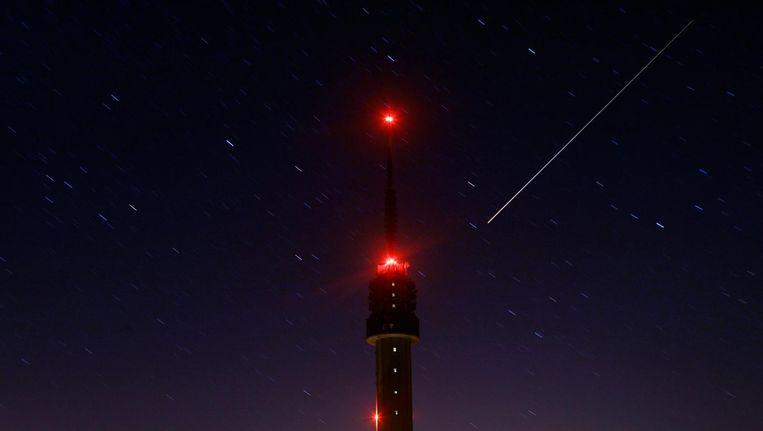 Lichtspoor meteor. Beeld anp