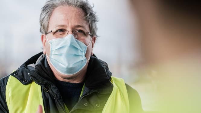 """Coördinator Antwerps vaccinatiedorp verbaasd dat niet alle geleverde vaccins gezet worden: """"Onze agenda voor volgende week is leeg"""""""