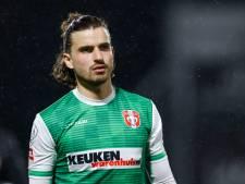 FC Dordrecht-speler Valentino Pugliese over het EK: 'Ik denk dat Engeland de verrassende winnaar wordt'