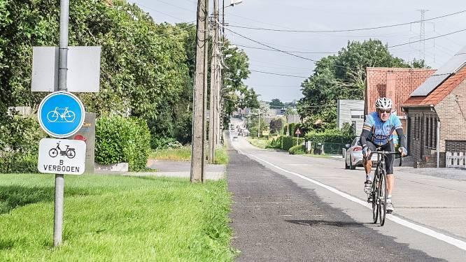 Werken aan fietspaden Zwevegemstraat moeten overgedaan worden