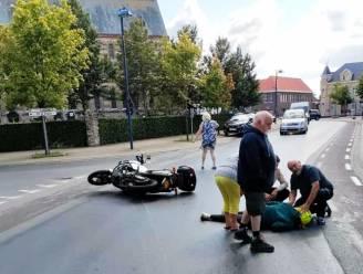 """Motard die viel met dochter door oliespoor zoekt 'dader': """"Mijn dochter moest geopereerd worden"""""""