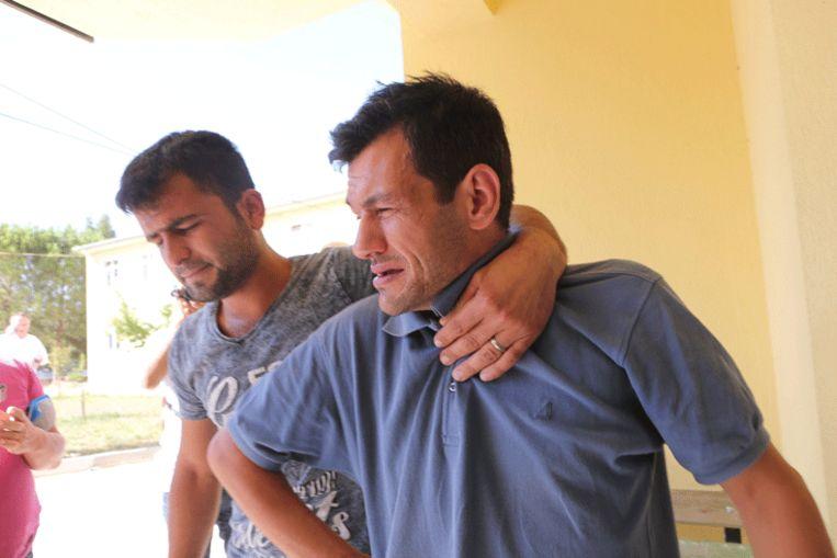 """Aylans vader: """"De handen van mijn kinderen glipten weg"""""""