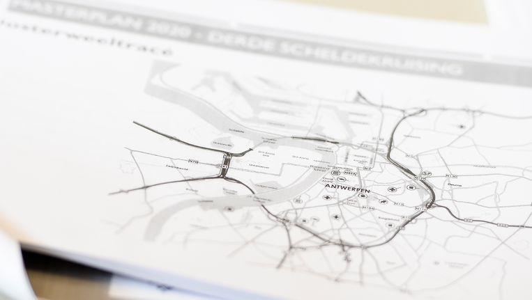 De huidige plannen voor de Oosterweelverbinding zijn, volgens Ringland, niet compatibel met hun concept.
