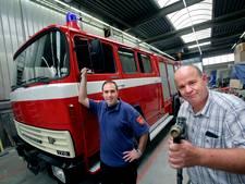 Eerste tankautospuit van Zwijndrechts korps in oude luister hersteld