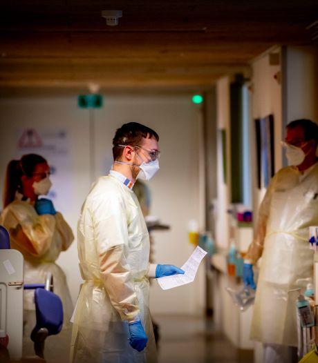 Verpleegkundigen zonder vaccinatie willen niet op corona-afdeling werken: 'Waarom krijgen wij geen voorrang?'