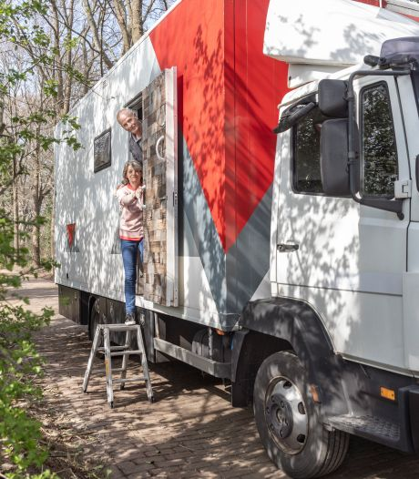 'Campervloggers' Herman en Gea springen in de bres voor omstreden overnachtingsplekken in Dalfsen: 'Maar gratis hoeven ze niet te zijn'