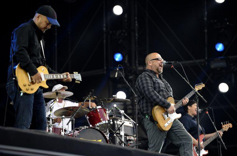 The Pixies tijdens hun optreden zondagmiddag. Beeld