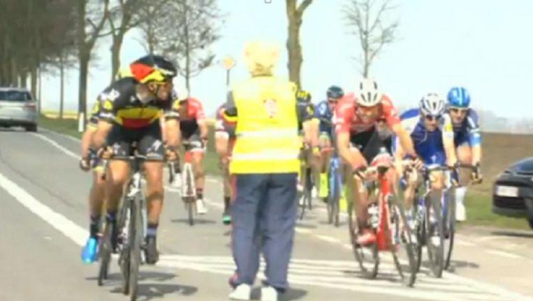 Gilbert kreeg voor deze actie tijdens de Driedaagse De Panne-Koksijde samen met zijn kompanen een boete.