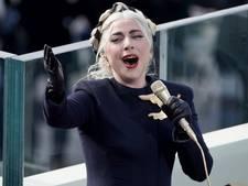 Lady Gaga maakt diepe indruk met volkslied bij inauguratie Joe Biden