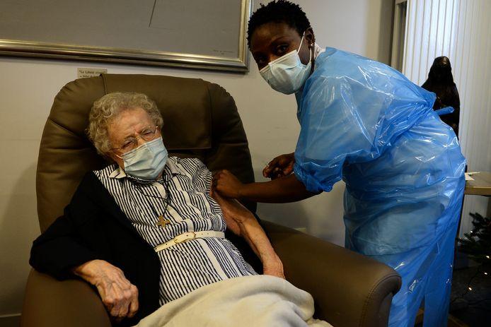 Lucie Danjou, 101 ans, est la plus ancienne résidente de la maison de repos de Notre-Dame de Stockel, dans la commune de Woluwe-Saint-Pierre.