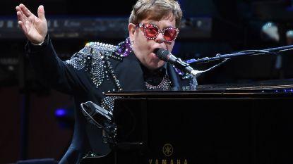 Britse overheid blundert bij toekennen eretitels: adressen van 1.000 prominenten, onder wie Elton John, online te grabbel gegooid