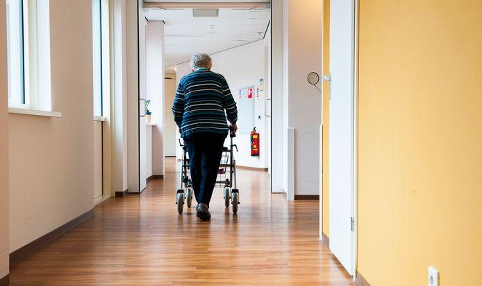 Ouderen die bloedverdunners slikken die vitamine K remmen, hebben een grotere kans op artrose.