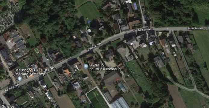 Inbreker op de vlucht in Schoolstraat Serskamp