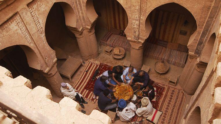 Couscous royale in Marokko. Beeld Bas Zwartepoorte
