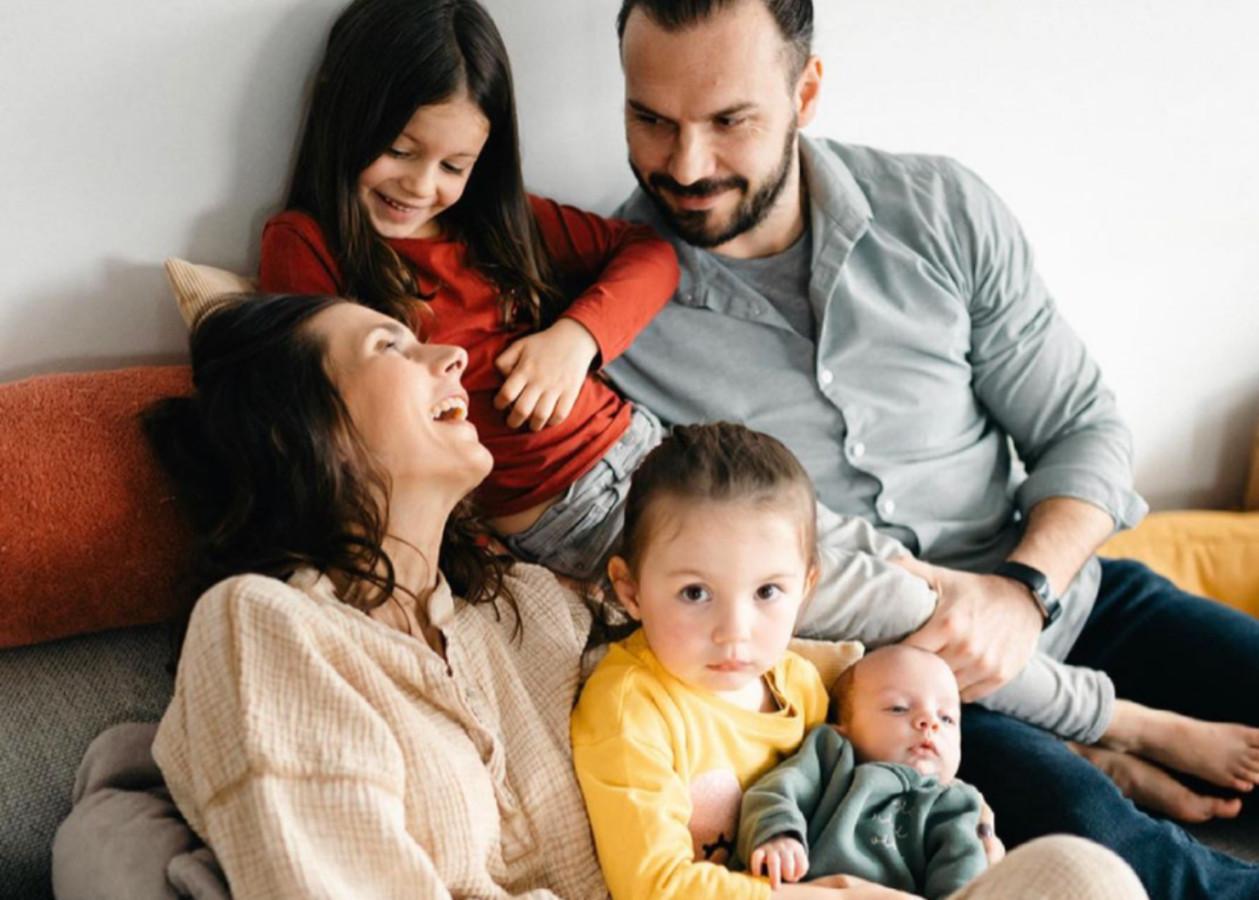 Lara, Steffen, Philippa, Romée en baby Gabriel enkele maanden geleden.