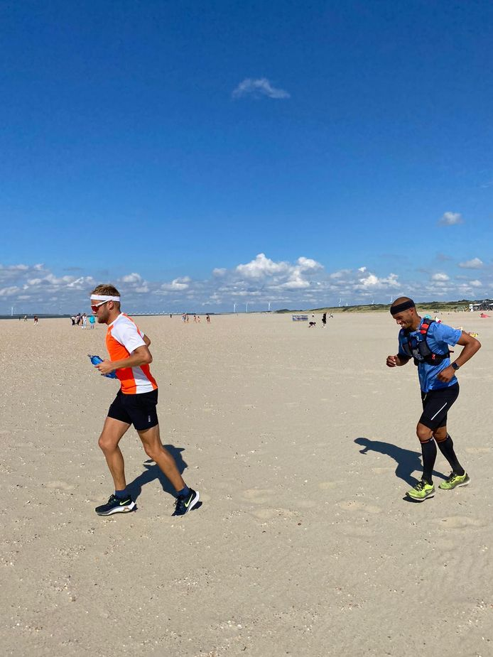 Ruud Hoosemans uit Vlissingen (links) met vriend Peter de Vrieze.