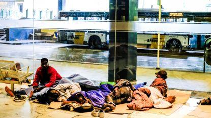 """Weyts dreigt na toestroom transmigranten: """"Kuis Noordstation op, of bus stopt hier niet meer"""""""