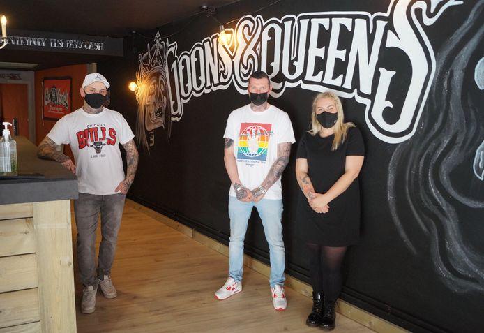 Joachim Decrocker, Francis Louwagie en Jesse Vanneste in de nieuwe Tieltse vestiging van Goons & Queens
