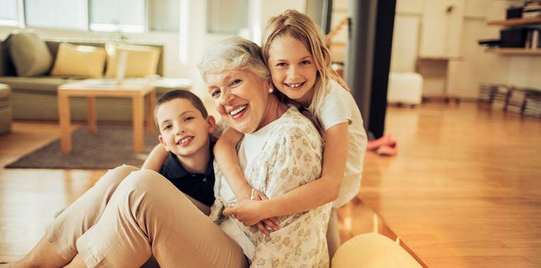 oma-met-kleinkinderen.jpg