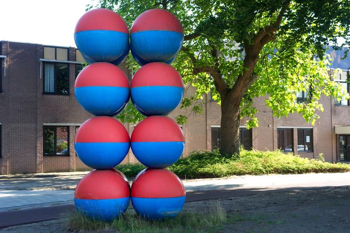 De 'Ballen van Bert':verwijderd.