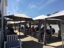 Het terras van Gunther's restaurant maandagnamiddag