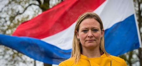 Steffi uit Raalte vraagt als Duitse om elkaar de hand te geven op 5 mei