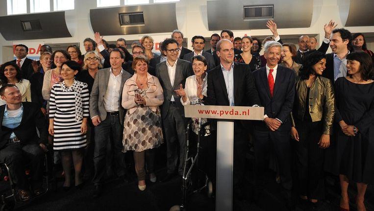 PvdA-leider Diederik Samson presenteert de kandidaten voor de Tweede Kamerverkiezingen 2012. Beeld anp