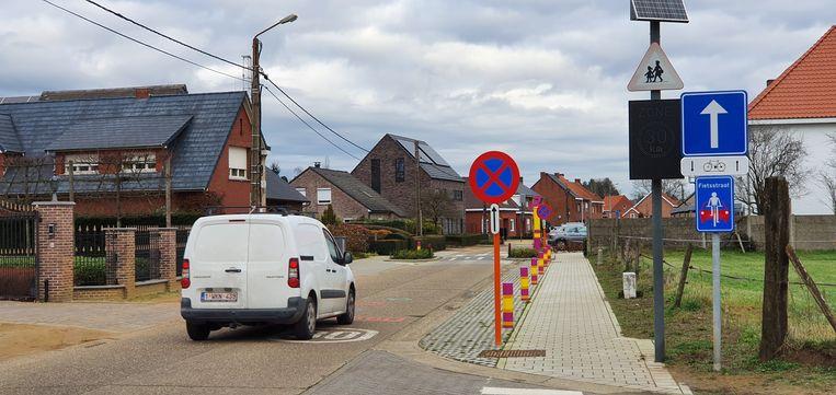 Dit deel van de Kabienstraat wordt definitief enkelrichting.