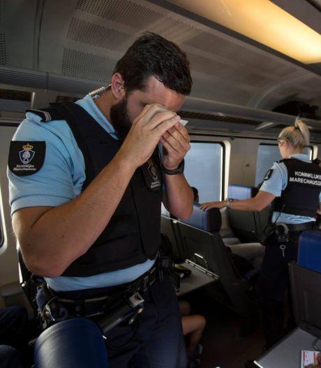 Marechaussee pakt mensensmokkelaar op in internationale trein